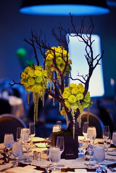 Photo by Jennifer Skog Photography via Botanical Brouhaha Pomanders are a great way to spice up your wedding decorations. Tree Branch Centerpieces, Manzanita Centerpiece, Flower Centerpieces, Wedding Centerpieces, Wedding Table, Our Wedding, Manzanita Branches, Tree Branches, Centrepieces