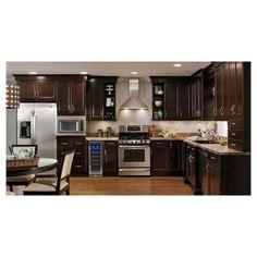 dark cherry kitchen cabinets with dark wood kitchen Kitchen Craft Cabinets, Dark Wood Kitchen Cabinets, Dark Wood Kitchens, Brown Kitchens, Kitchen Cabinet Design, Home Kitchens, Kitchen Designs, Kitchen Ideas, Espresso Cabinets
