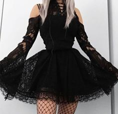Gothic Outfits, Edgy Outfits, Cute Casual Outfits, Grunge Outfits, Gothic Lolita Fashion, Alternative Outfits, Alternative Fashion, Pretty Dresses, Beautiful Dresses
