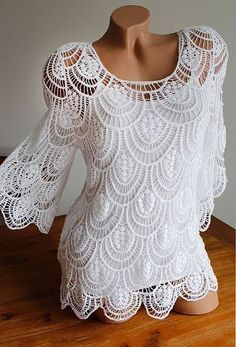 Wonderful crochet blouse with shell-shaped details – free step-by-step ▶ http://crochetspiration.club/wonderful-crochet-blouse-with-shell-shaped-details-free-step-by-step-html/