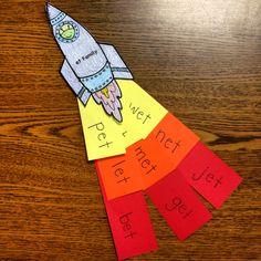 Et word family Rocket for kindergarten