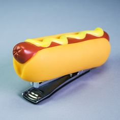 What contains more staples, a typical office stapler or a hotdog? There seems to be no sanctions on the contents of the humble frankfurter. Pig brains, trotters, eyelashes - you name it, it's in there. Sonoran Dogs, Hot Dogs, Chicago Style, Stapler, Take That, Unique, Contents, Random Things, Eyelashes