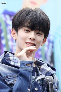 #Kangmin #강민 #유강민 #베리베리 #VERIVERY Cute Korean Boys, Jellyfish Entertainment, Group Pictures, Rapper, Boyfriend, Kpop, Entertaining, Activities, Twitter
