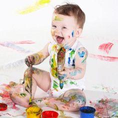 Eveil à l'art plastique de bébé
