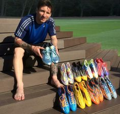 Every boot has created victory for Leo Messi. Now will look to win the title. Lionel Messi, Cr7 Messi, Messi Soccer, Soccer Guys, Messi Boots, Messi 2015, Best Soccer Shoes, Football Training Drills, Cr7 Junior