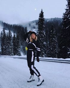 "@feliciamagelsenn on Instagram: ""😒Mood"" Ski Fashion, Mood, Instagram"