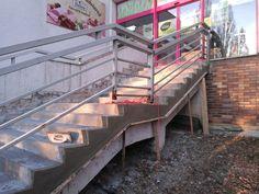Úprava schodov sanačnými maltami. #art4you #art4youpodlahy #sanácia #schody #exteriér