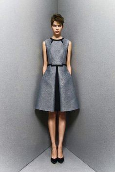 Sportmax Pre-Fall beautifully structured and tailored dress Cute Dresses, Beautiful Dresses, Short Dresses, Dress Skirt, Dress Up, Structured Dress, Fashion Show, Fashion Design, Style Fashion