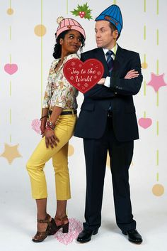 A DI Richard Poole and DS Camille Bordey couple fansite. From the British-French crime comedy drama... Maggie Smith, Kris Marshall, Detective, Paradise Clothing, Sara Martins, Death In Paradise, Hogans Heroes, Uk Tv, British Actors