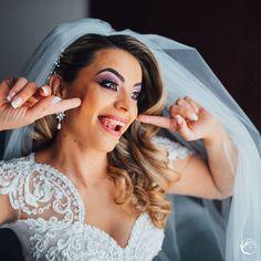 jadoris.com #jadoris #weddingday #weddinglighting #photosession  #colourful #looklikefilm #weddingphotography  #portrait #weddingsession #photooftheday #lovethedress #beautifulcouple #coupleportrait #instawedding  #weddinginspiration #vibesofvisuals #weddingday #funnybride #destinationwedding  #lovers #bride #bridehairstyle #cluj #sedintafoto #naturewedding #fotografiinunta #destinationweddingphotographer  #fotografnunta #fotografienunta