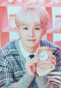 Find images and videos about kpop, bts and bangtan boys on We Heart It - the app to get lost in what you love. Min Yoongi Bts, Min Suga, Bts Jimin, Namjoon, Suga Suga, Park Ji Min, Daegu, Jung Hoseok, K Pop