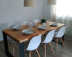 Mesas, bancos, sillas, estanterías, butacas, alfombras, taburetes, consolas, barras.. Soluciones a medida con hierro y madera, entrega a domicilio y mucho más.
