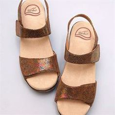 6ceca1257a8 With its incredible pillow-soft footbed