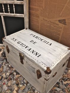 """This paint job is not a skilled craft """"restoration"""" of a vintage wooden trunk. Outside of the Etsyverse, that is. Definitely not how it looked in the 1920s!"""