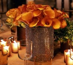 I luuuuuuuuv that glitzy vase