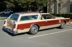 Lincoln Continental Country Squire... according to the owner it once belonged to Wayne Newton.