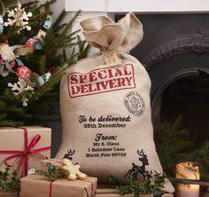 Ginger Ray Hessian Burlap Santa Sack For Christmas Presents - Vintage Noel Christmas Gift Bags, Christmas Gift Wrapping, Christmas Presents, Christmas Stockings, Christmas Crafts, Christmas 2015, Father Christmas, Vintage Santas, Vintage Christmas