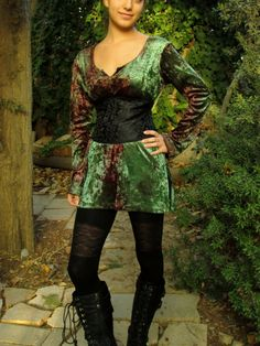 Hey, I found this really awesome Etsy listing at https://www.etsy.com/listing/167468467/goth-waspie-waist-cincher-corset-belt