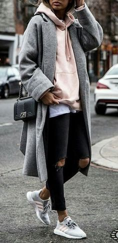 16 Trendy Fall Street Style Outfits for 2018 - Outfit - # for . - 16 Trendy Fall Street Style Outfits for 2018 – Outfit – - Street Style Outfits, Looks Street Style, Autumn Street Style, Looks Style, Mode Outfits, Trendy Outfits, Street Outfit, Sporty Chic Outfits, Sporty Chic Style