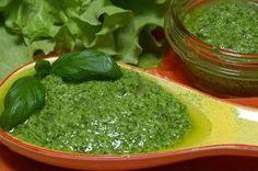 Зеленый соус для салатов