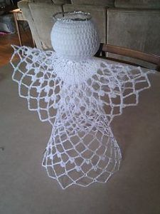 Ravelry: Tree-Topper Angel pattern by PatonsMake your own beautiful tree angel crocheted from Patons Grace.This is one of my favorite Angels!Maybe use cheese cloth for skirt too Crochet Christmas Decorations, Crochet Christmas Ornaments, Christmas Crochet Patterns, Holiday Crochet, Crochet Snowflakes, Angel Christmas Tree Topper, Christmas Angels, Christmas Crafts, Christmas Christmas