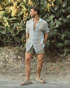 Short Outfits, Summer Outfits, Casual Outfits, Men Casual, Casual Clothes, Mode Masculine, Unisex Fashion, Men Fashion, Birkenstock Men