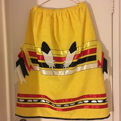 Ribbon Skirt by Margie Anderson Native American Patterns, Native American Clothing, Native American Fashion, Traditional Skirts, Traditional Outfits, How To Make Ribbon, Ribbon Work, Applique Skirt, Native Fashion