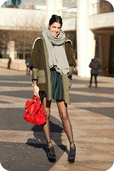 leandra medine // her bag!!