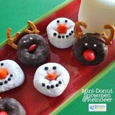 Holiday Treats: Reindeer and Snowmen Mini Donuts Christmas Donuts, Easy Christmas Treats, Christmas Party Food, Christmas Breakfast, Christmas Goodies, Christmas Morning, Christmas Snowman, Holiday Treats, Christmas Baking