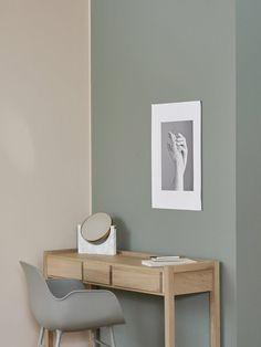 COLOR NOW 2017 styled by Riikka - Wohnzimmer Arbeitsplatz Arbeitszimmer Schreibtisch Holz modern skandinavisch schlicht minimalistisch wohnen dekorieren einrichten Interior Design Interieur Wohnideen Wohninspiration Decor Room, Living Room Decor, Bedroom Decor, Home Decor, Bedroom Colors, Bedroom Colour Schemes Warm, Living Room Paint, Living Room Colors, Paint Colors For Home