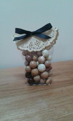 Sachet chocolat avec dentelle Création Tribu G