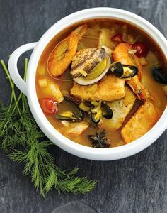 Bouillabaisse aux poissons Seafood Pasta, Seafood Dishes, Fish And Seafood, Apple Recipes Easy, Easy Japanese Recipes, Kitchen Recipes, Soup Recipes, Cooking Recipes, One Pot Meals