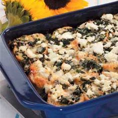 Spinach Feta Strata Recipe One of my go to brunch recipes! Strata Recipes, Brunch Recipes, Breakfast Recipes, Breakfast Casserole, Breakfast Ideas, Spinach Egg Muffins, Grape Nutrition, Spinach And Feta, Chopped Spinach