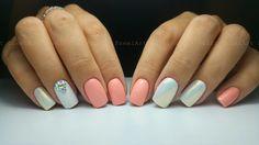 Nails *nail art * white * peach *  rhinestones * mermaid effect