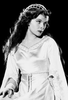 Katharine Hepburn as Shakespeare's Juliet, 1933 - this was for a scene that was ultimately cut from Hepburn's first Oscar win, MORNING GLORY (1933) Beautiful photo of her!