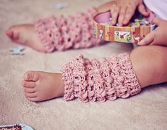 Baby Leg warmers, crochet pattern (child, adult size included)