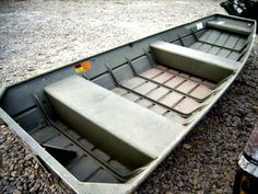 Aluminum Boat on GovLiquidation! Great time for fishing!