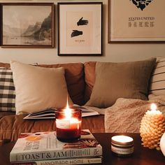cozy place to sit Handmade Home, My Living Room, Home And Living, Cozy Living, Autumn Interior, Decoration Inspiration, Decor Ideas, Cozy Place, First Home