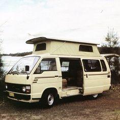 いいね!267件、コメント14件 ― TRAKKAさん(@trakka_australia)のInstagramアカウント: 「1980s Trakka Travel Van exterior #trakka #toyota #adventuremobile #ourcamplife #livingonwheels」