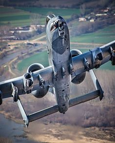 "196 Me gusta, 3 comentarios - Worldwide Military Aircraft (@international_aircraft) en Instagram: ""A-10 — Any requests/suggestions? --------------------- Follow my friends @full_afterburner…"""
