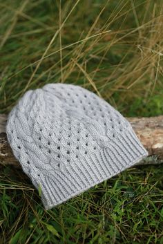Ravelry: Storm Door Hat pattern by Plucky Knitter Design
