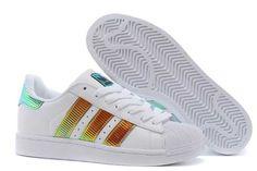 buy popular fd5a0 b26d9 Zapatillas Mujer, Tenis, Zapatillas Adidas Superstar, Mujeres, Moda, Adidas  Zx 700