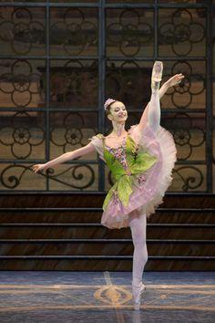 Marianna Suriano as the Green & Lilac Fairy in The Sleeping Beauty.