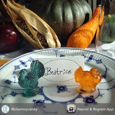 Last year we used these adorable old fashioned candy turkeys as place cards for our Thanksgiving table. Such a perfect whimsical addition! Find her at boutiques around the valley and at candyeverything.com. To place an order directly do it by Nov. 10! #utahfinds