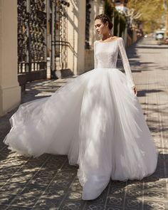 Princess-style beaded lace, soft tulle and dot tulle wedding dress. Short Ivory Wedding Dress, Stunning Wedding Dresses, Long Sleeve Wedding, Wedding Dress Sleeves, Tulle Wedding, Dream Wedding Dresses, Bridal Dresses, Beautiful Dresses, One Shoulder Wedding Dress