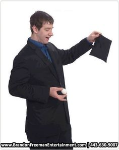 Are you looking for an amazing party magician to hire this coming Christmas Day?  HIRE Brandon Freeman ….  CALL 43) 630-9007 for bookings and inquiries!