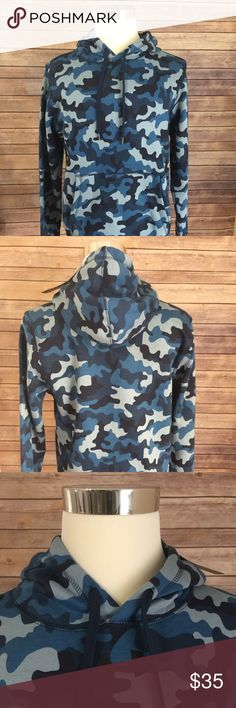Under Armour Cold Gear Camo Hoodie Pullover Under Armour Cold Gear Camo Hoodie Blue Camo Print Sz Medium Loose Fit ..New with Tags 80% cotton 20% poly Under Armour Jackets & Coats Performance Jackets