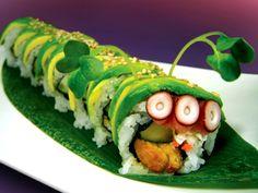 Three eyed Caterpillar Roll