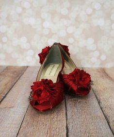 black wedding shoes Wedding Shoes -- Rouge Peeptoes with Red Roses on Heel and Toe with Polka Dot Feather Accents Peep Toe Wedding Shoes, Colorful Wedding Shoes, White Wedding Shoes, Swatch, Wedding Accessories, Hair Accessories, Wide Width Shoes, White Heels, Bride Shoes