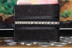 Stingray leather wallets IDR 250k +6281329739803/+6289609735501 wa/sms pin:75C165E8
